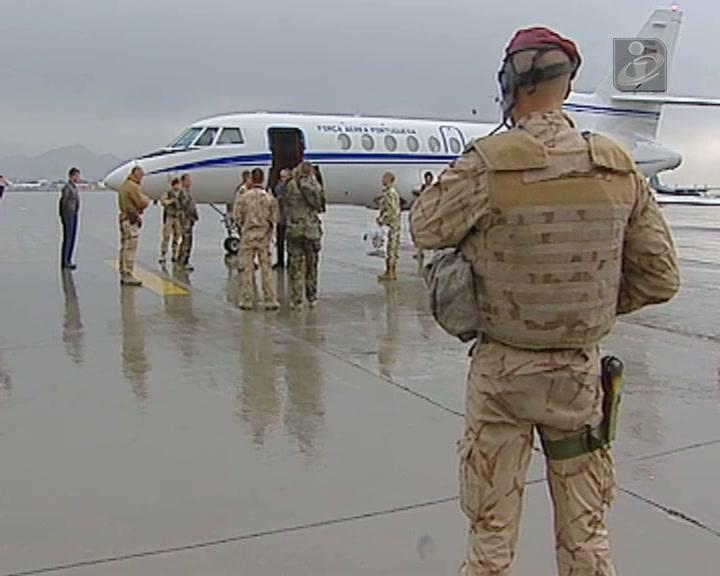 Ministro faz balanço da missão portuguesa no Afeganistão