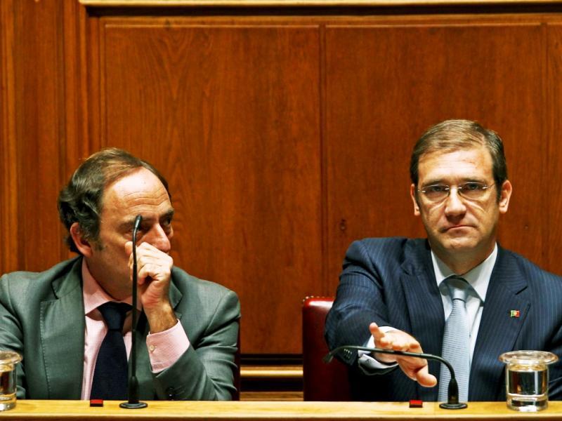 Passos Coelho e Paulo Portas no debate parlamentar OE 2014 (Mário Cruz/Lusa)