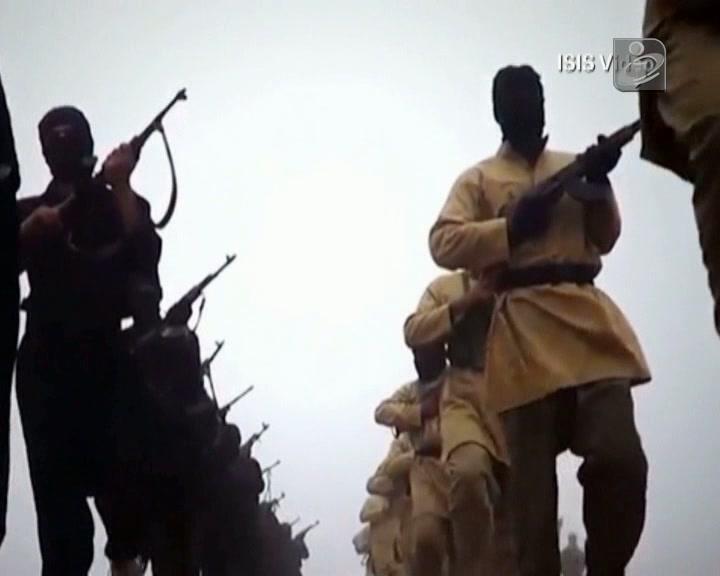 Al-Qaeda tortura e mata por simples graffiti em Raqqa