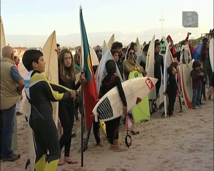 Surfistas abençoados no Baleal