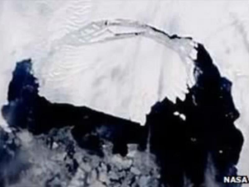Iceberg do tamanho de Singapura desprende-se na Antártida