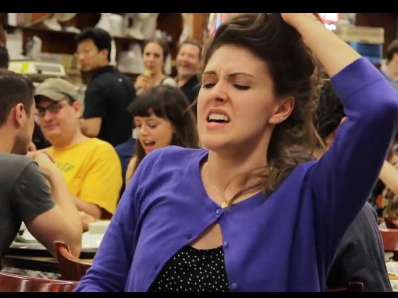 Flashmob finge «orgasmo» em restaurante de Nova Iorque