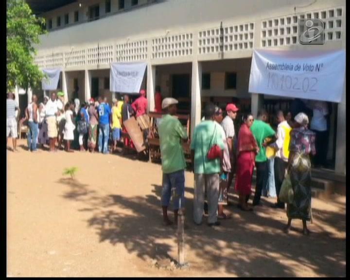 Moçambique: quase 3,5 milhões de eleitores elegem autarcas
