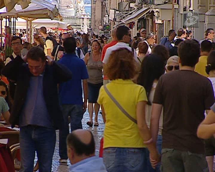 Portugal é dos países com menos apoio às famílias
