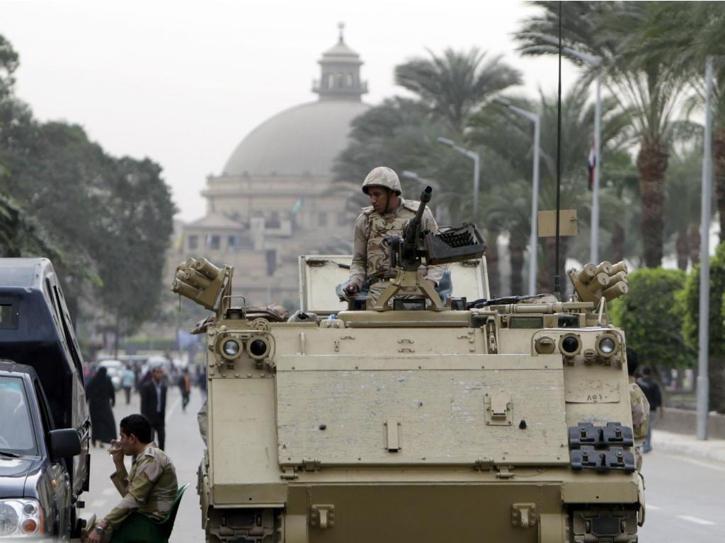 Protesto de estudantes no Cairo (Reuters)