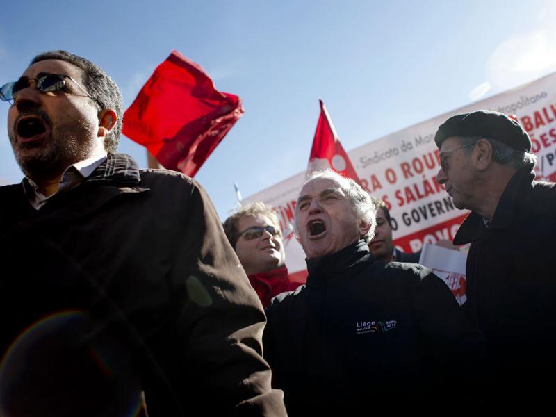 Manifestações rumam ao Parlamento (Lusa)