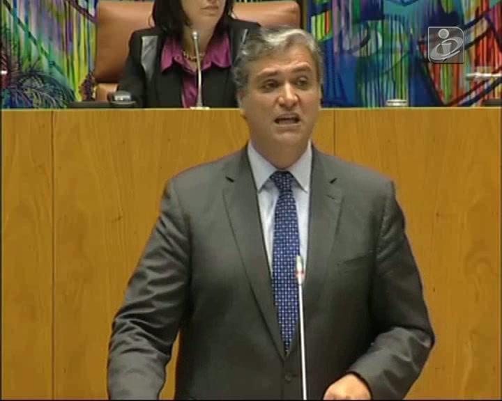 Governo podia ter evitado aumento de impostos nos Açores