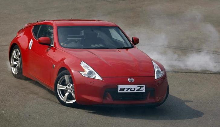 Nissan 370 Z (Foto: Reprodução/Punit Paranjpe/Reuters)