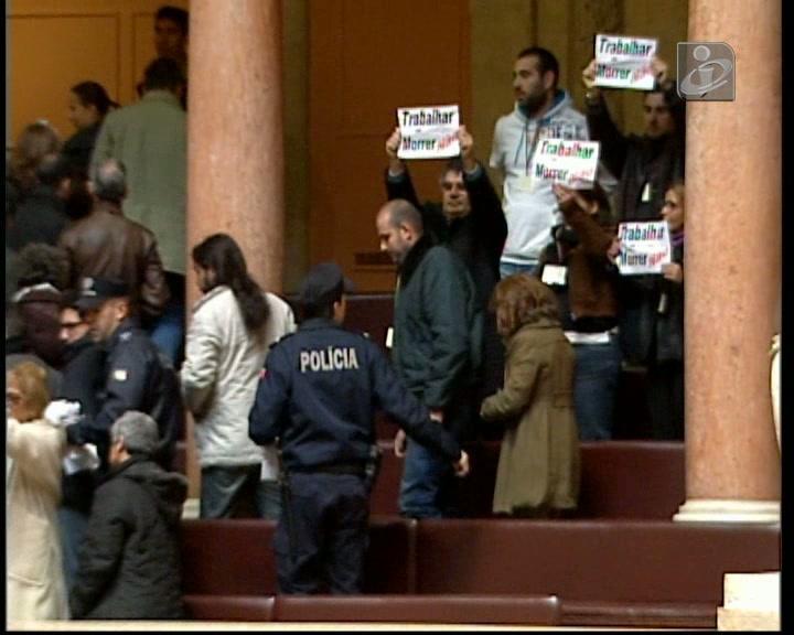 Protesto silencioso nas galerias do Parlamento