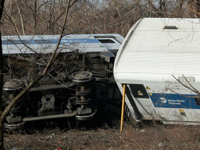 Comboio descarrila em Nova Iorque (Lusa)