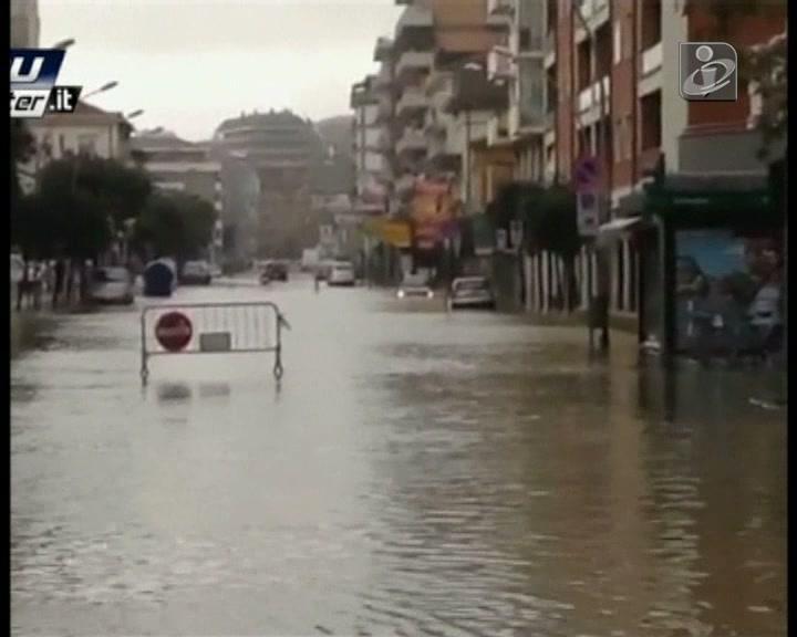 Itália: chuva intensa e inundações fazem dois mortos
