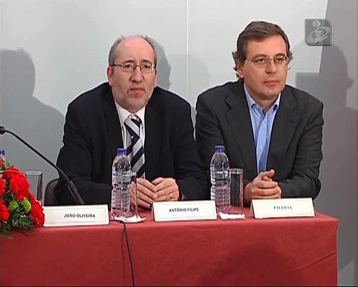 PCP marca para amanhã debate sobre dívida pública