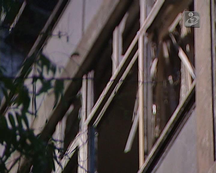 Incêndio destrói apartamento no Porto
