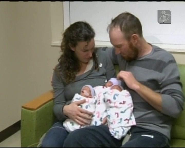 Três meninas idênticas nasceram na Califórnia
