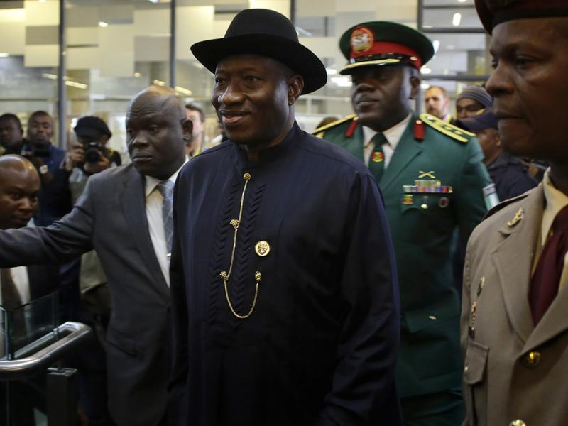 Goodluck Jonathan no memorial a Nelson Mandela, em Joanesburgo (Reuters)
