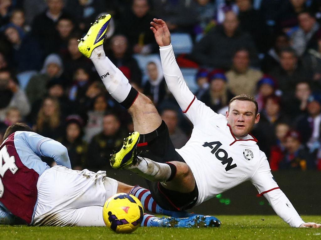 Aston Villa-Man. Utd. (Reuters)