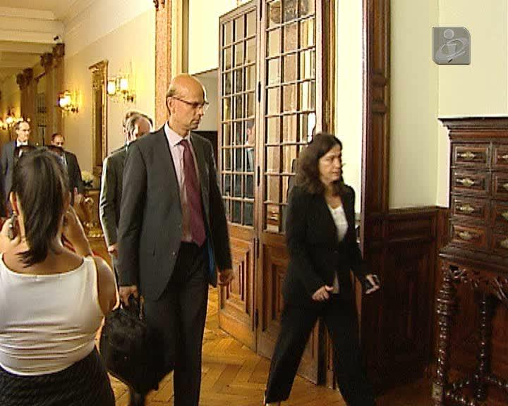 Troika dá nota positiva a Portugal na 10ª avaliação
