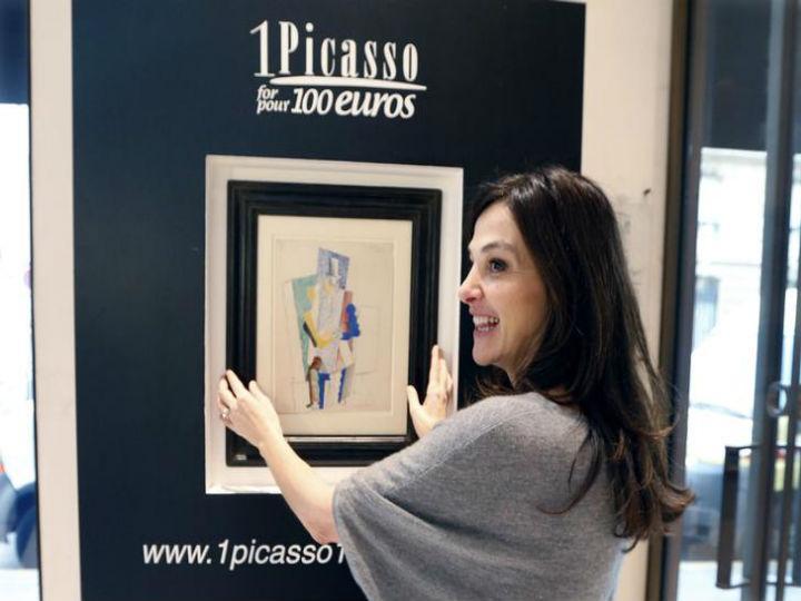Quadro «Homem com chapéu de ópera» de Picasso vendido por 100 euros (Foto:Reprodução/Charles Platiau/Reuters)