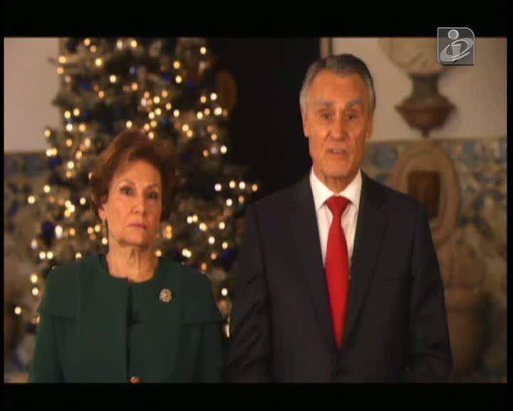 Cavaco Silva deseja boas festas aos portugueses