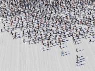 Março: como formigas, 12 mil numa maratona de esqui na Suíça