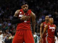Março: LeBron James a aquecer para o bicampeonato dos Miami Heat