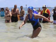 Setembro: coisas insólitas que aconteceram, primeira travessia entre Cuba e a Florida fora de uma jaula contra tubarões