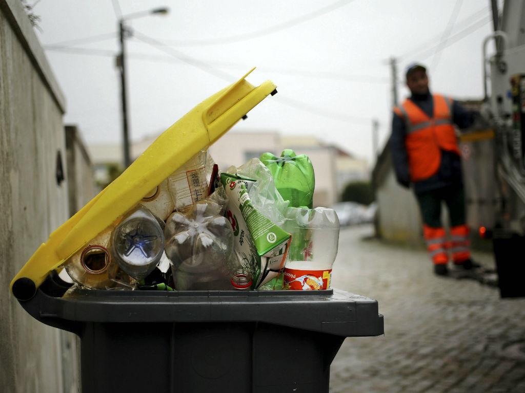 Recolha de lixo (Lusa)