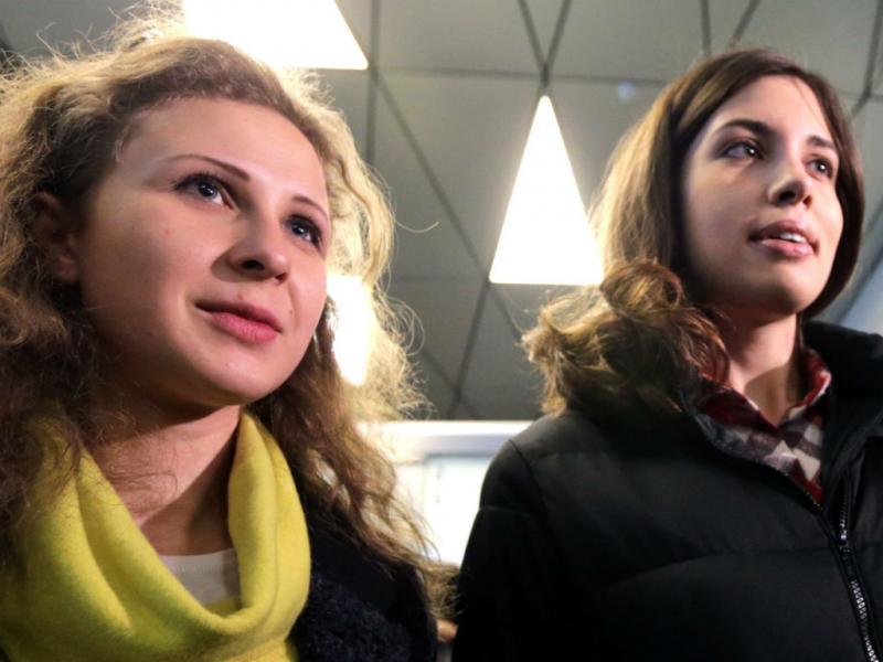 Conferência de imprensa das duas Pussy Riot libertadas (EPA/LUSA)