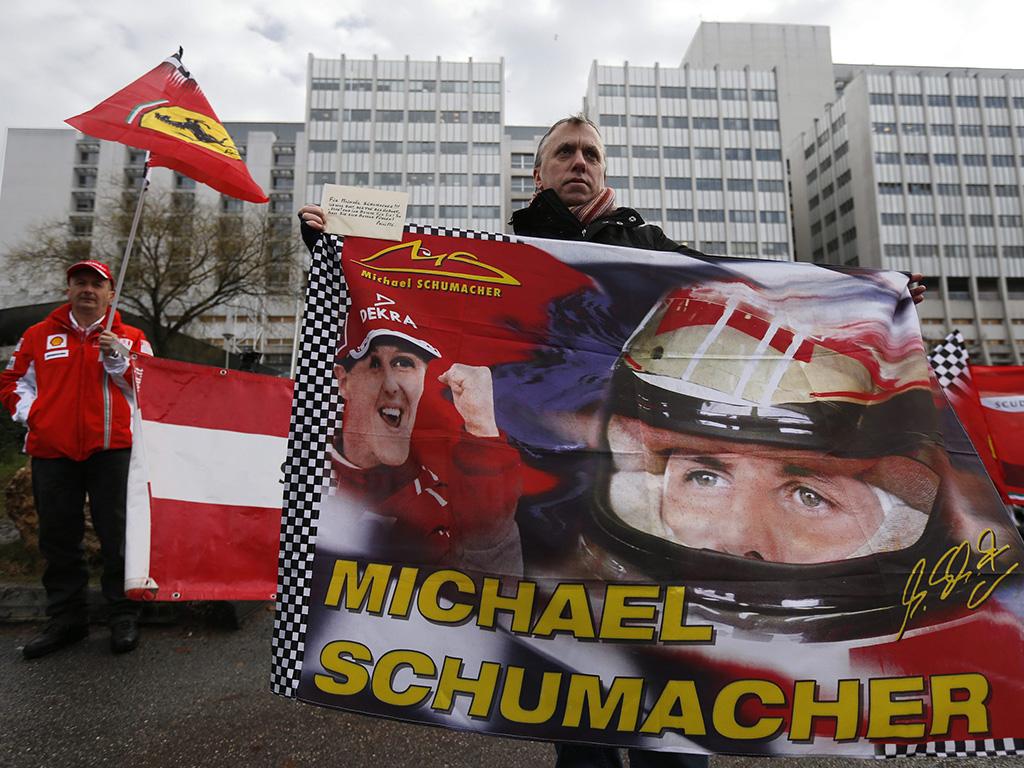 Fãs e familiares assinalam 45º aniversário de Schumacher (EPA)