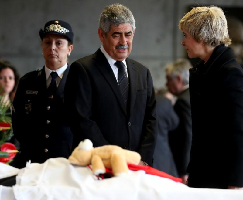 Assunção Esteves e Luís Filipe Vieira - Cerimónia fúnebre - Eusébio 6 janeiro 2014