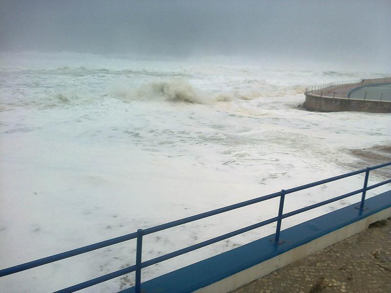 Mau tempo na Praia Grande (Foto enviada pelo leitor Paulo Peres)