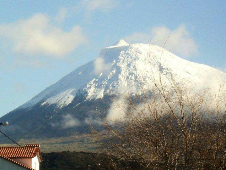 Neve no Pico [Foto: Victor- Hugo Forjaz]