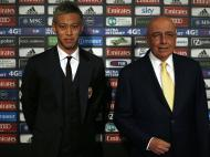 Honda foi apresentado e será o 10 do Milan