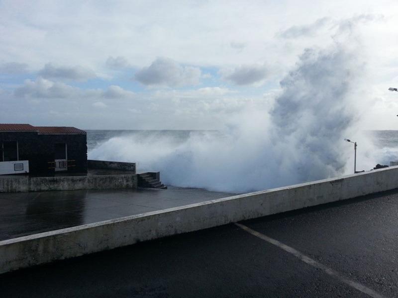 Mau tempo nos Açores (Foto de Cátia Silva)