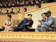 Dennis Rodman apresenta-se ao serviço na Coreia do Norte (Reuters)