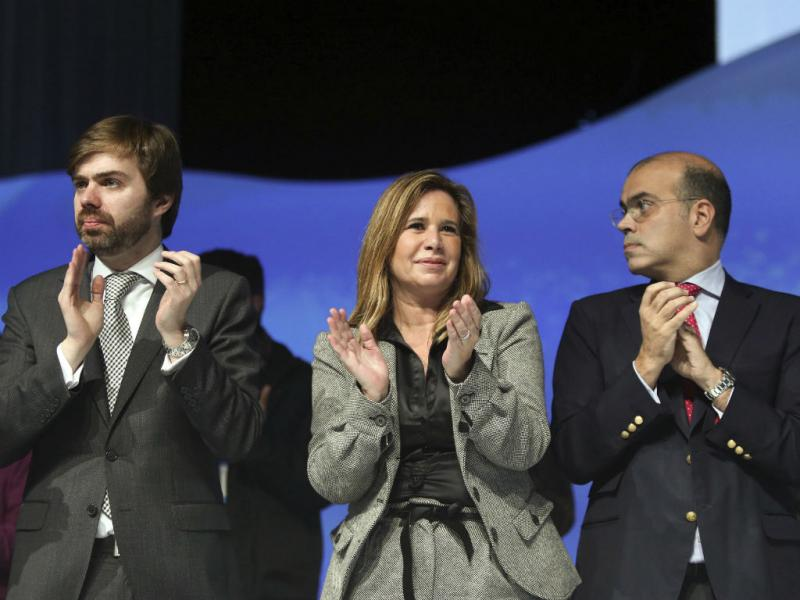 João Almeida, Teresa Caeiro e Diogo Feio (Lusa)
