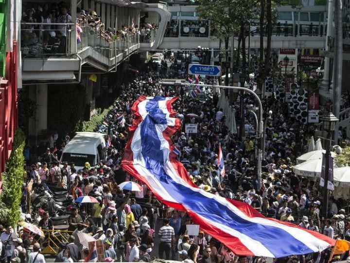 Banguecoque: manifestantes bloqueiam estradas principais [Reuters]