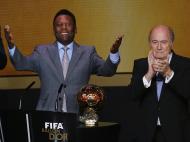 Zlatan Ibrahimovic nos Prémios Bola de Ouro 2013 (REUTERS)