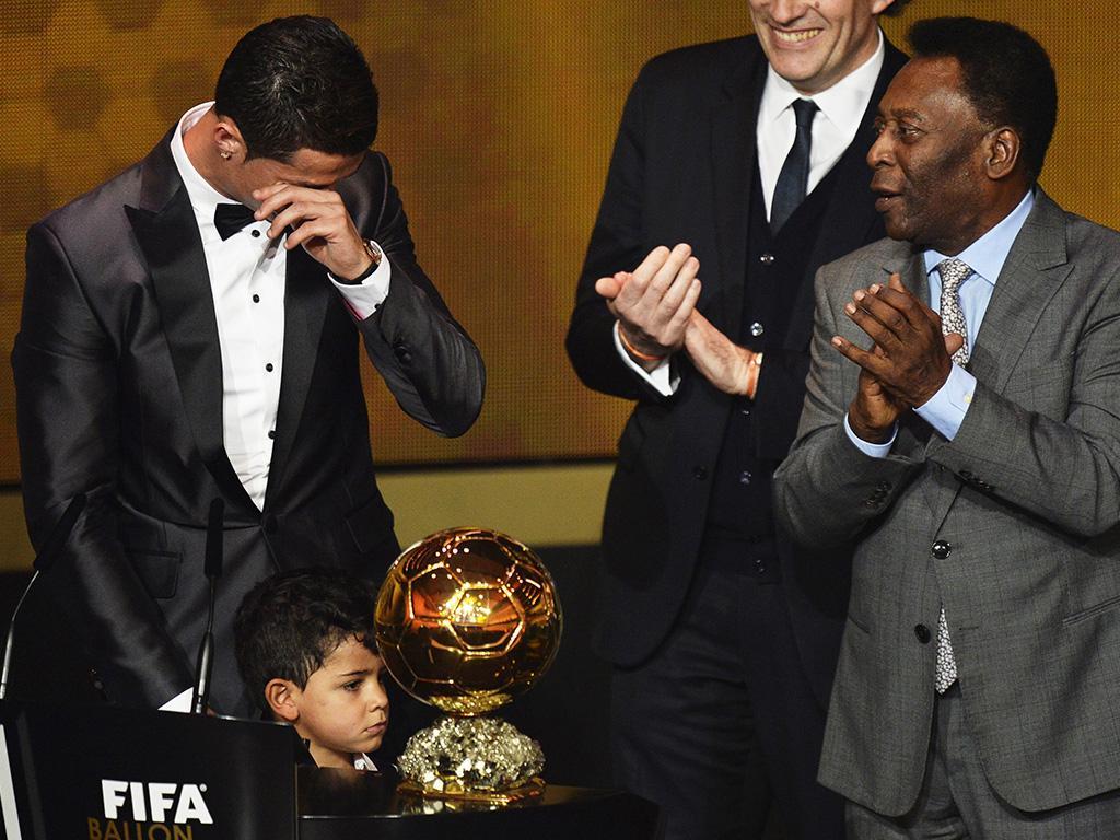 Zlatan Ibrahimovic nos Prémios Bola de Ouro 2013 (EPA)