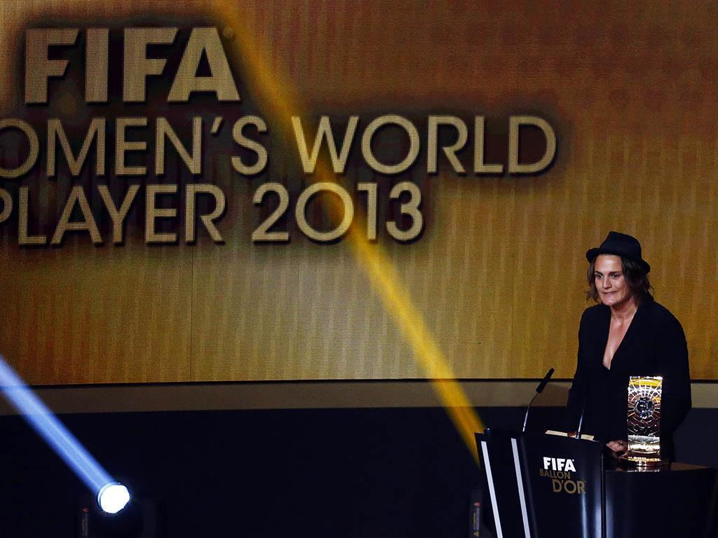 Nadine Angerer nos Prémios Bola de Ouro 2013 (REUTERS)
