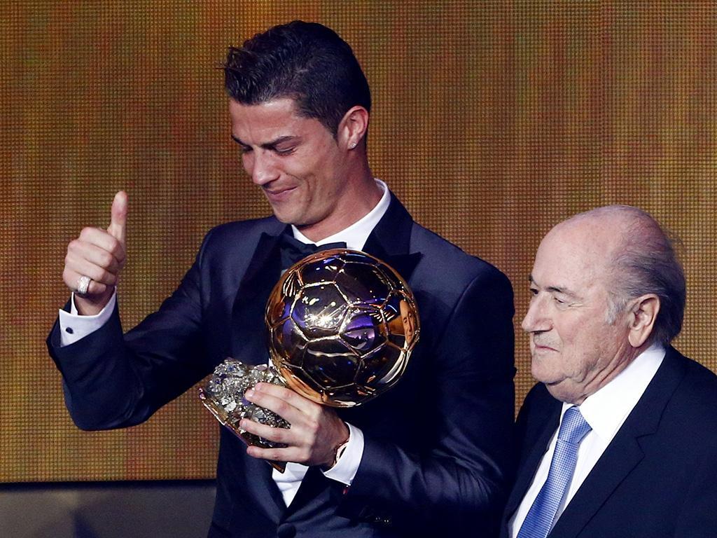 Cristiano Ronaldo nos Prémios Bola de Ouro 2013 (REUTERS)