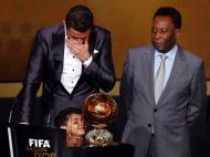Cristiano, o filho e Pelé (Reuters)