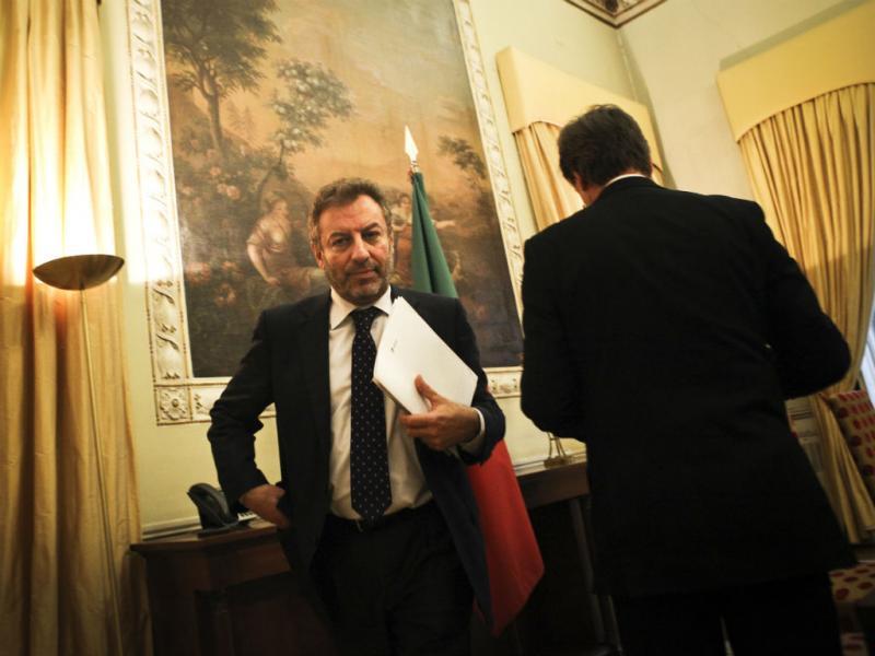 Nuno Crato em conferência de imprensa (LUSA)