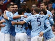 Manchester City festeja golo com o Cardiff (Reuters)