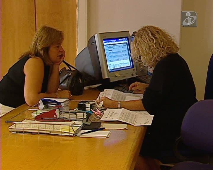 Número de desempregados recua mais de 20 mil em 2013