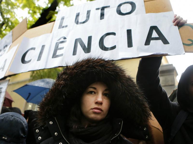 Manifestação nacional de bolseiros (MANUEL DE ALMEIDA / LUSA)