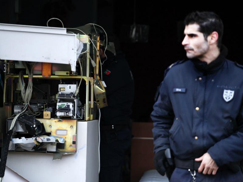 Multibanco assaltado no Cacém com explosivos (Lusa)