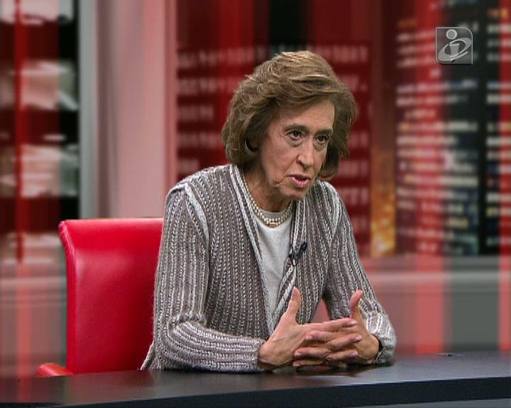 Ferreira Leite faz as contas: saída limpa custa 25 vezes mais do que programa cautelar