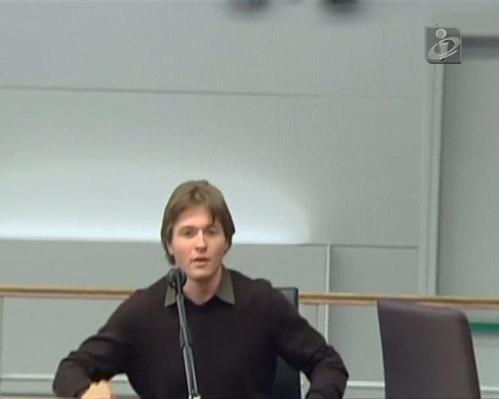 Itália: ex-namorado de Amanda Knox suspeito de tentar fugir