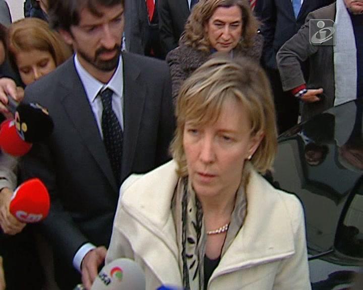Ministra das Finanças vaiada no Barreiro